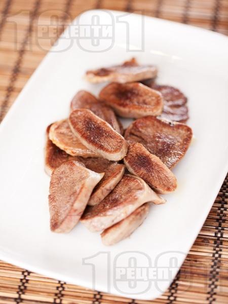 Телешки език в масло - снимка на рецептата